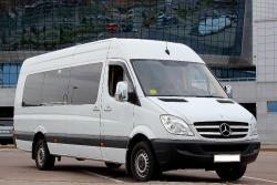 Компания Bizauto.BY в г.Минск предлагает микроавтобусы Mercedes-Benz Sprinter, автобусы и автомобили с водителем в аренду. 15 лет на рынке пассажирских перевозок.